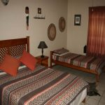 Bushbuck 2A - Double bed & 1 Single bed